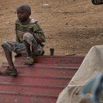 Straßenkind in Timau, Kenia